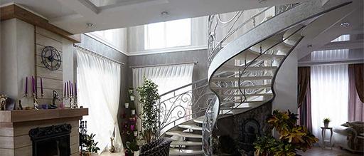 Лестница. Знакомая и неожиданная